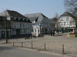 drolshagen-marktplatz Foto Bubo