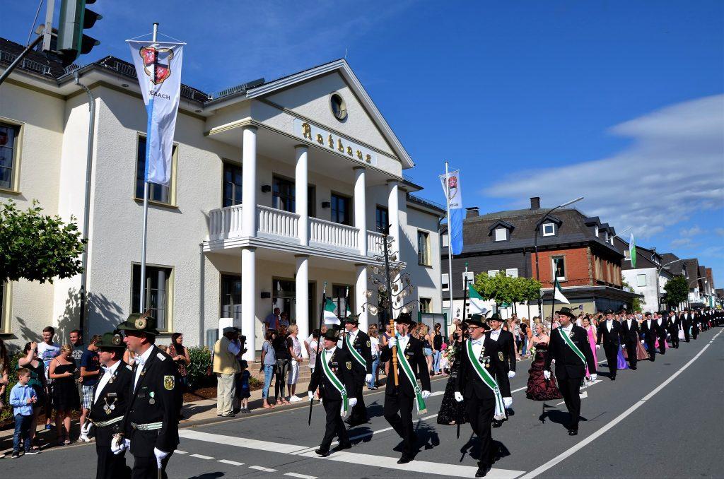 Schützenfest Medebach - Foto: Rita Maurer - Bundesschützenfest Medebach ?