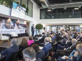 """Auf der Zukunftskonferenz auf dem Campus der Stadtwerke Arnsberg: """"Zukunft ist, was wir daraus machen."""""""