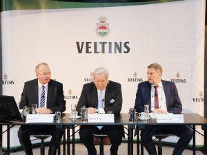 Starke Markennachfrage und Jahrhundertsommer geben  Veltins Wachstumsschub - region, region-arnsberg-sundern